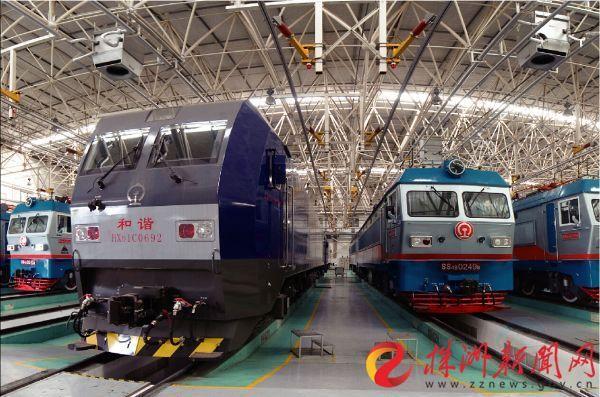 中车株机电力机车生产车间